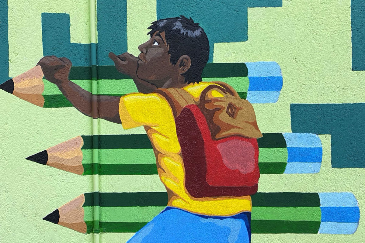A section of a mural at Espacio Migrante's community center.