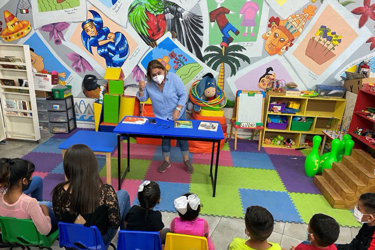 Espacio Migrante celebrates Mexico's Children's Day in its community center.