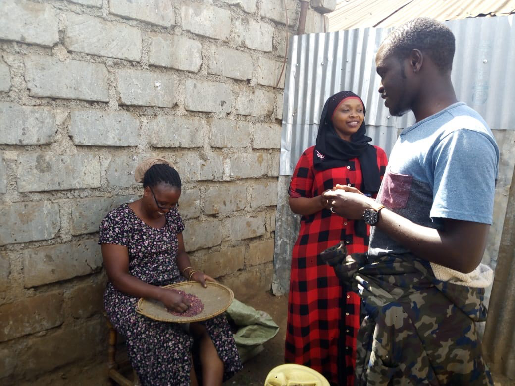 Youth from GFC partner Youth Safety Awareness Initiative in Kenya participating in a campaign to educate their community about the COVID-19 pandemic.