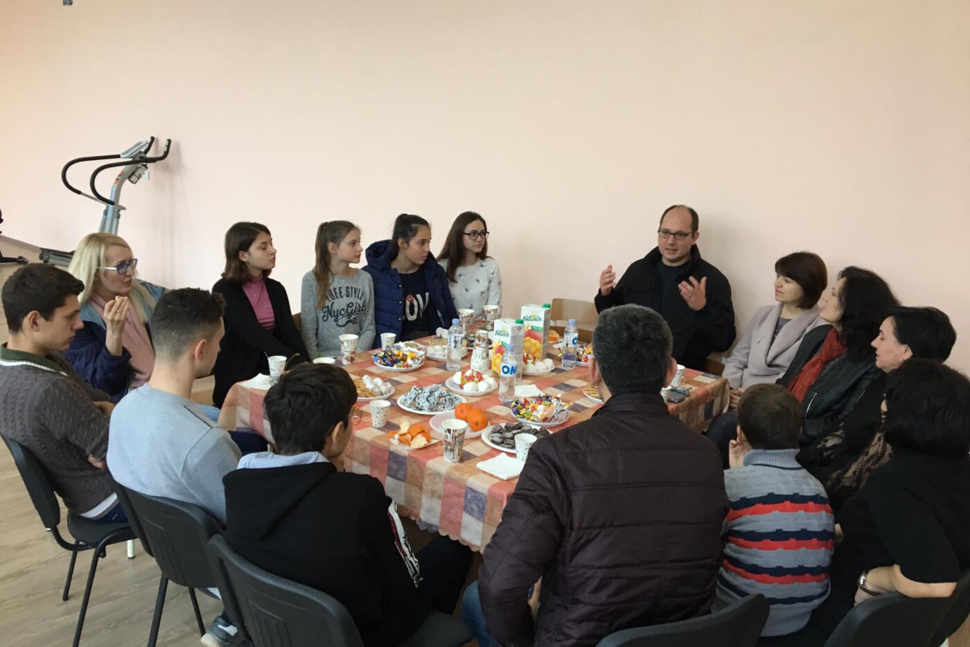 Joseph Bednarek, Global Fund for Children's Senior Director of Global Grantmaking, meeting with GFC partner Institute for Rural Initiatives and young people in Moldova.